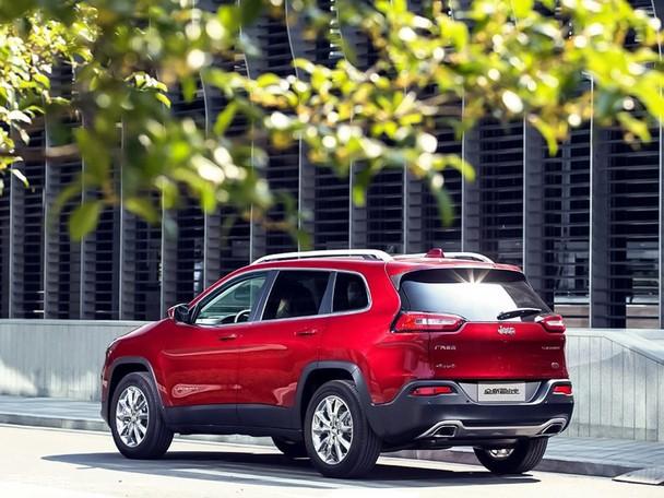 荐专业版 国产Jeep自由光购车手册高清图片